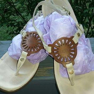 Ugg Ayden Sandals